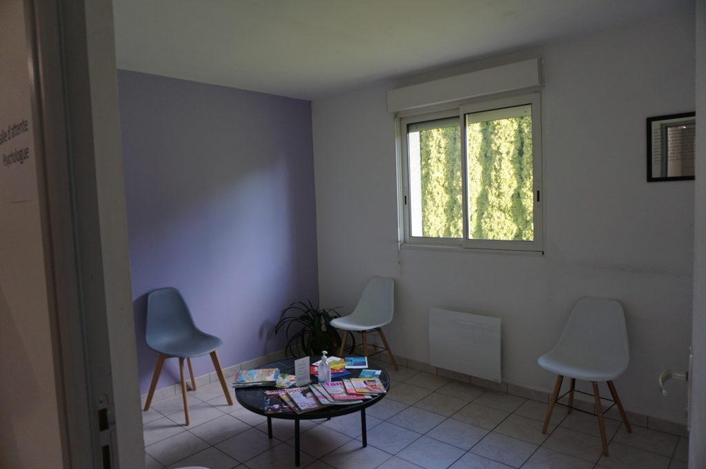 la salle d'attente du cabinet de psychologue Pauline Buil Visa